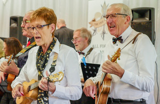 Uke-a-teers playing at a One Visions Housing Charity Concert at Firwood Bootle Cricket Club on 12th October 2017 (7 / 11)